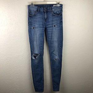 Zara Distressed Jeans B83